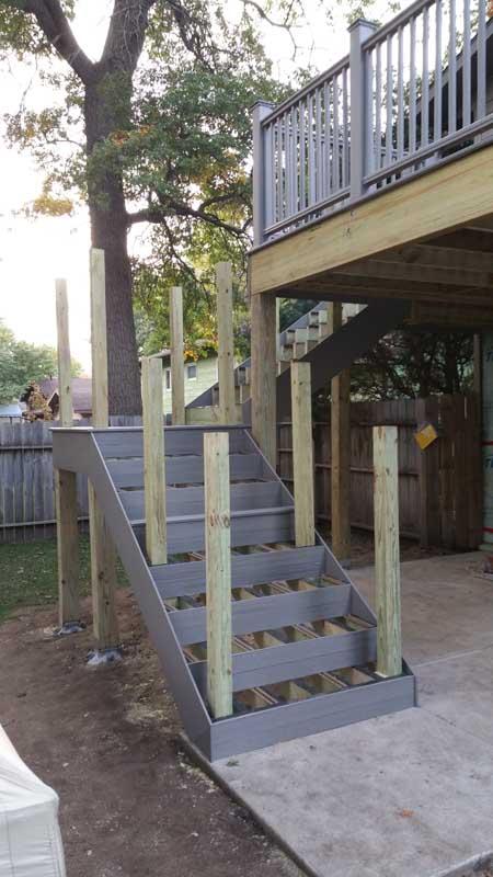 Driftwood Gray Composite 01 | Decks By Design